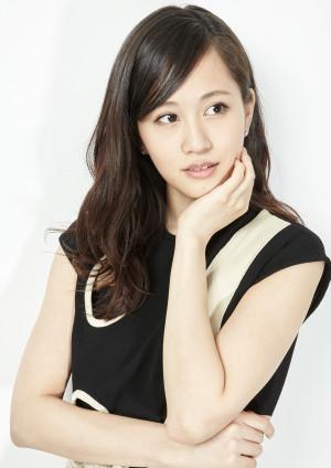 NIKKEI WOMAN*Atsuko Maeda